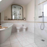 Free standing baths in basingstoke